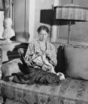 Eleanor Roosevelt knitting