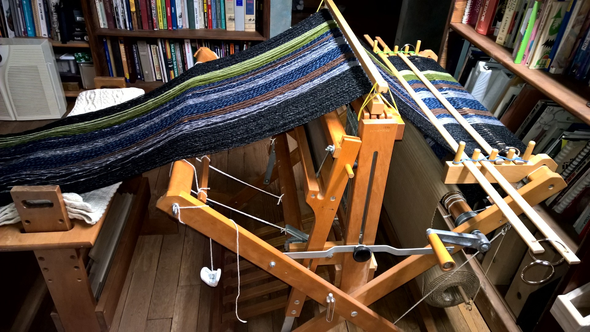 Spinning and weaving | Inga Duncan Thornell